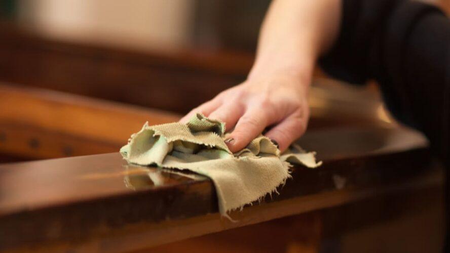 4 dicas de como cuidar de móveis de madeira