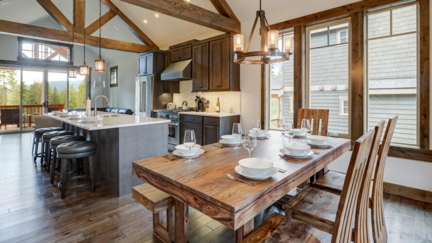 Tendências em decoração: ambientes lindos em madeira maciça