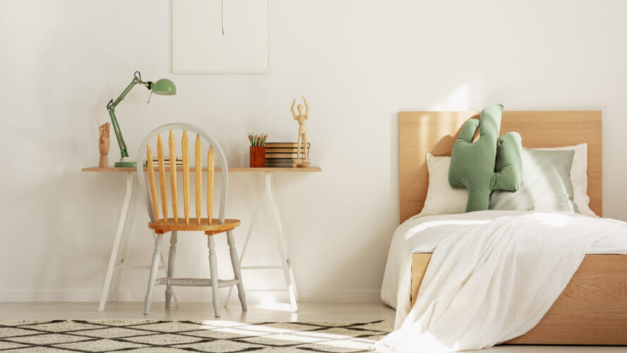 Como decorar um quarto infantil com móveis resistentes?